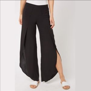 DREW Black split pants.